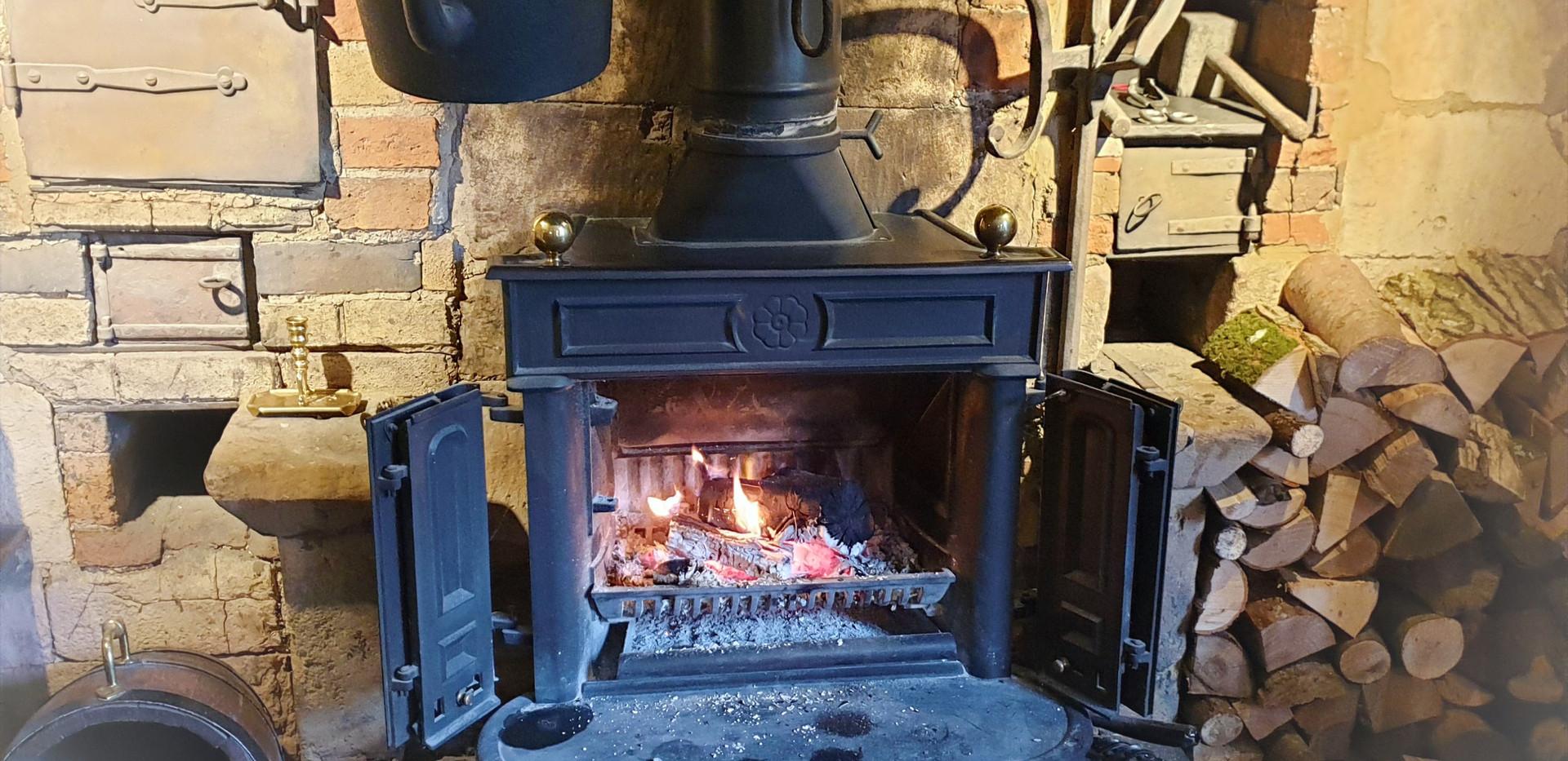 Cotswoldfireplace.jpg