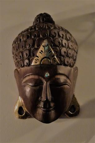 Buddah, O Iluminado, no jardim de inverno