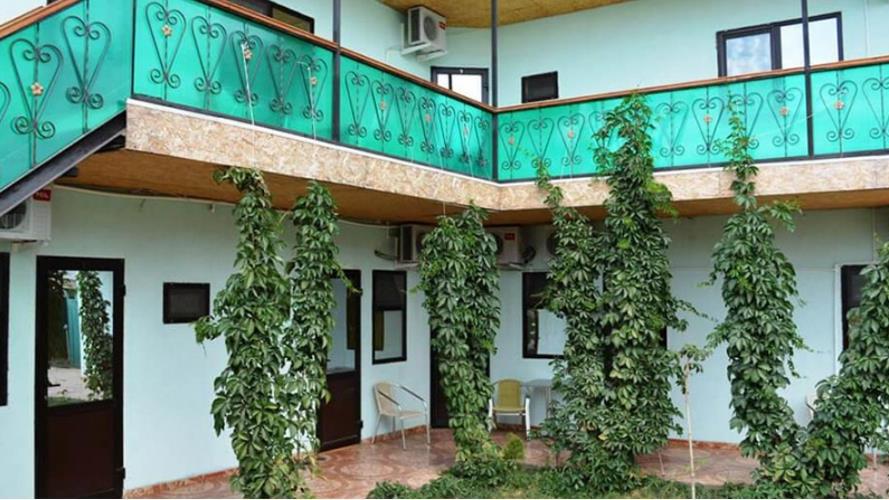 Гостиница «Лилия 2»