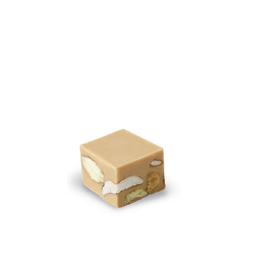White Gianduja with Salted Nuts - 2,65kg