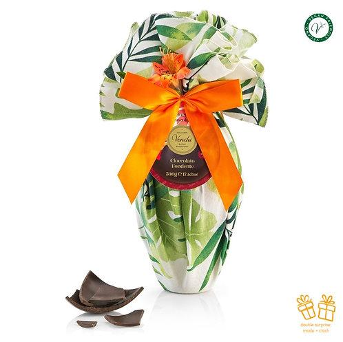 Groot pure chocolade paasei, verpakt in tafelkleed met exotische print -2stuks
