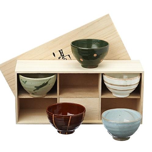 Set van 5 theekommen in houten kist - 1stuk