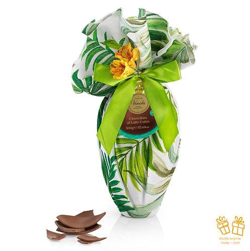 Groot melk chocolade paasei, verpakt in tafelkleed met exotische print - 2stuks