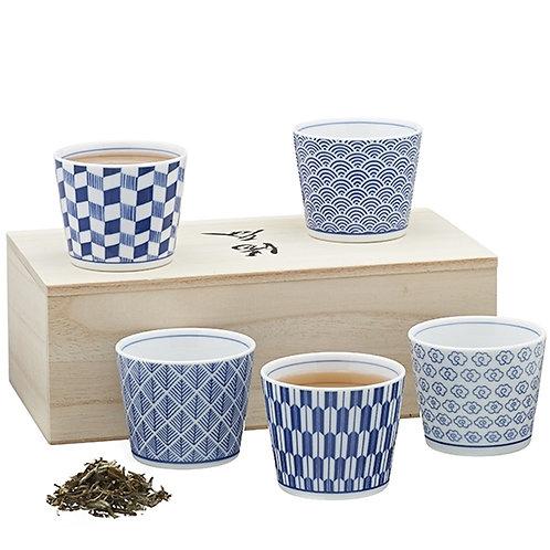 Set van 5 kommen in houten kist - 1stuk
