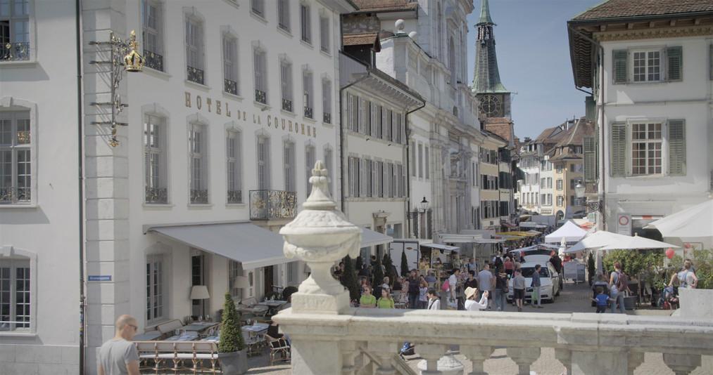 Solothurn Markt Kirche.jpg