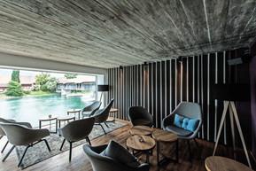 LEO818-Lounge