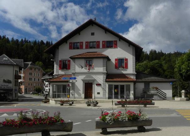 Maison-de-commune-St-Cergue.jpg