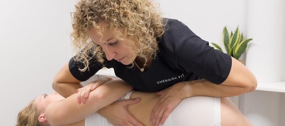 vrouwelijke, therapeut,fysiotherapeut,manueeltherapie,orthomoleculair therapeut,heemskerk,rugklachten