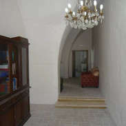 Entering hallway to Il Cuore