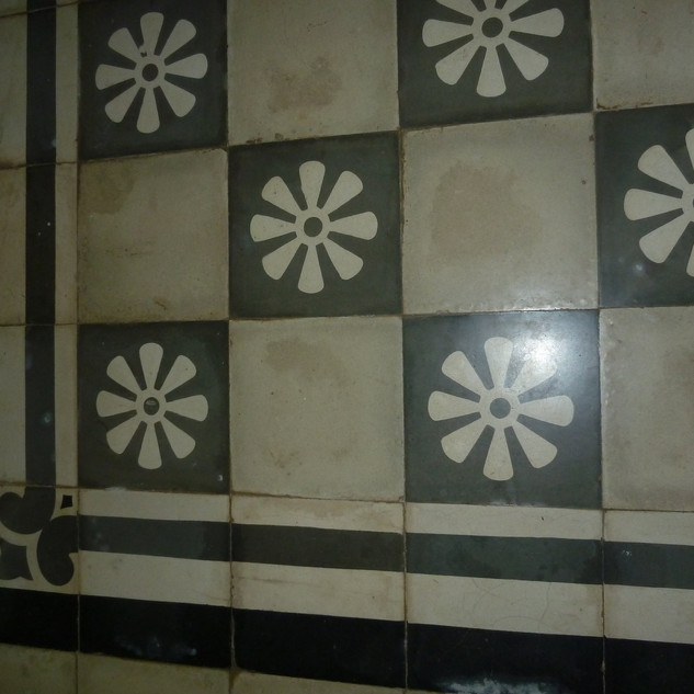 Original 17th century tiling
