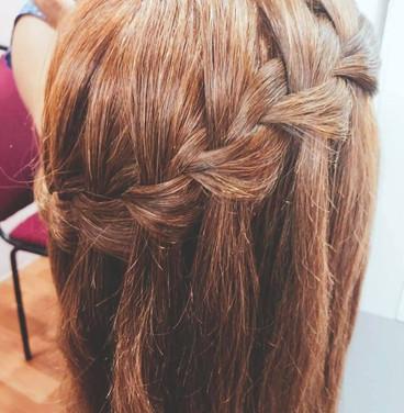 BOOK HAIR