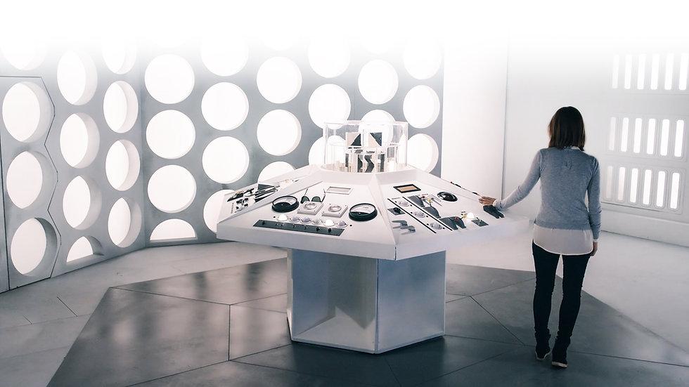 Clara Oswald and her TARDIS