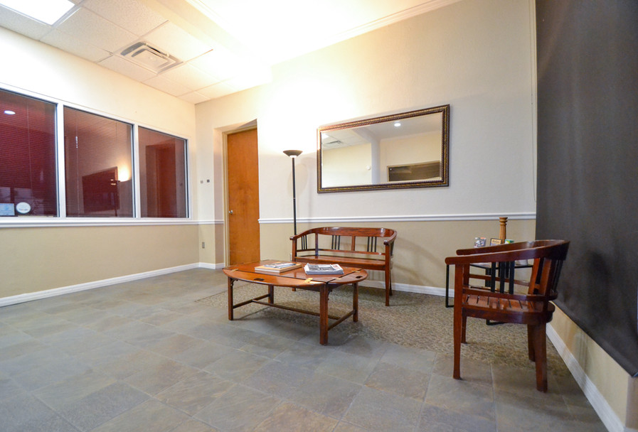 Executive Suites Office Rentals Main Lobby Area Photo