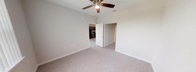 Banyan Cove Apartments Bedroom