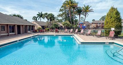 Woodhollow Apartments Swimming Pool Image