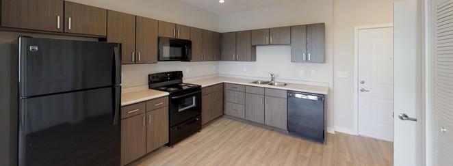 Banyan Cove Apartments Kitchen