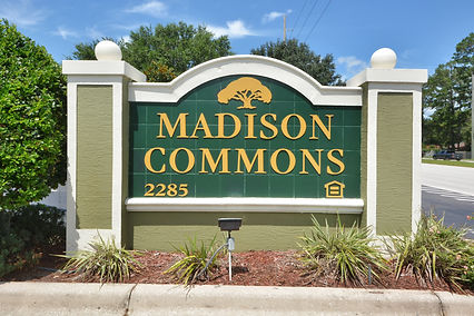 Madison Commons Monument Sign