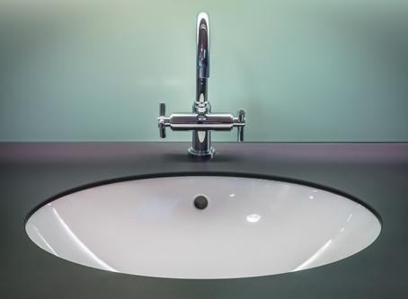 DIY: Bathroom Vanity