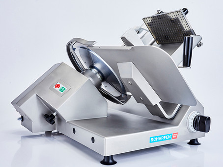 Industrial Meat Slicer for Salami Cutting in India.