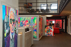 Referenzen - Pop Art Portraits und Hamburg Collagen von Margarita Kriebitzsch bei Fidelity
