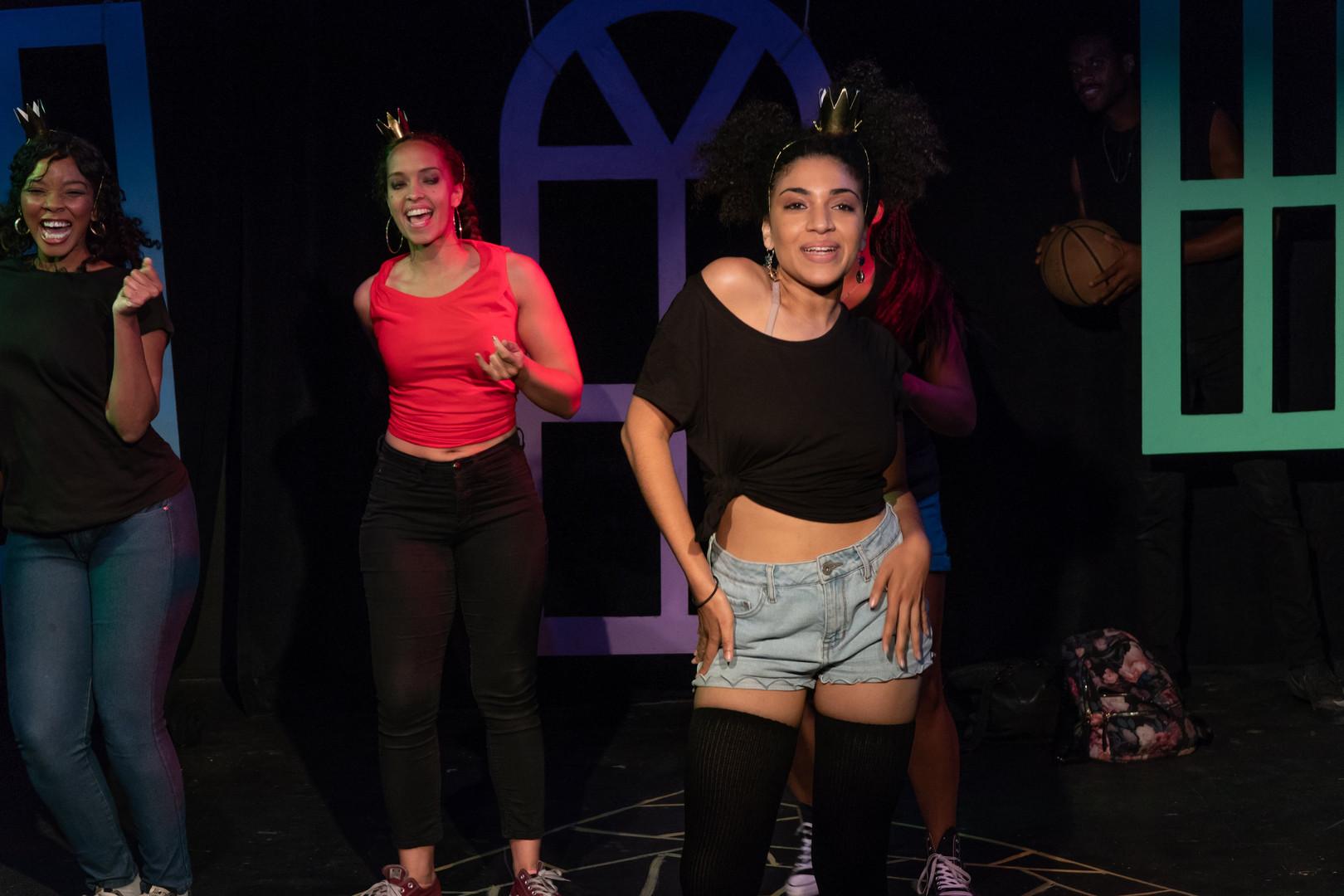 """Circus Sans Politique"" @ Urban Theatre Movement"