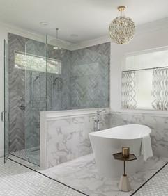 Soothing Bathroom Design with Luxury Tub