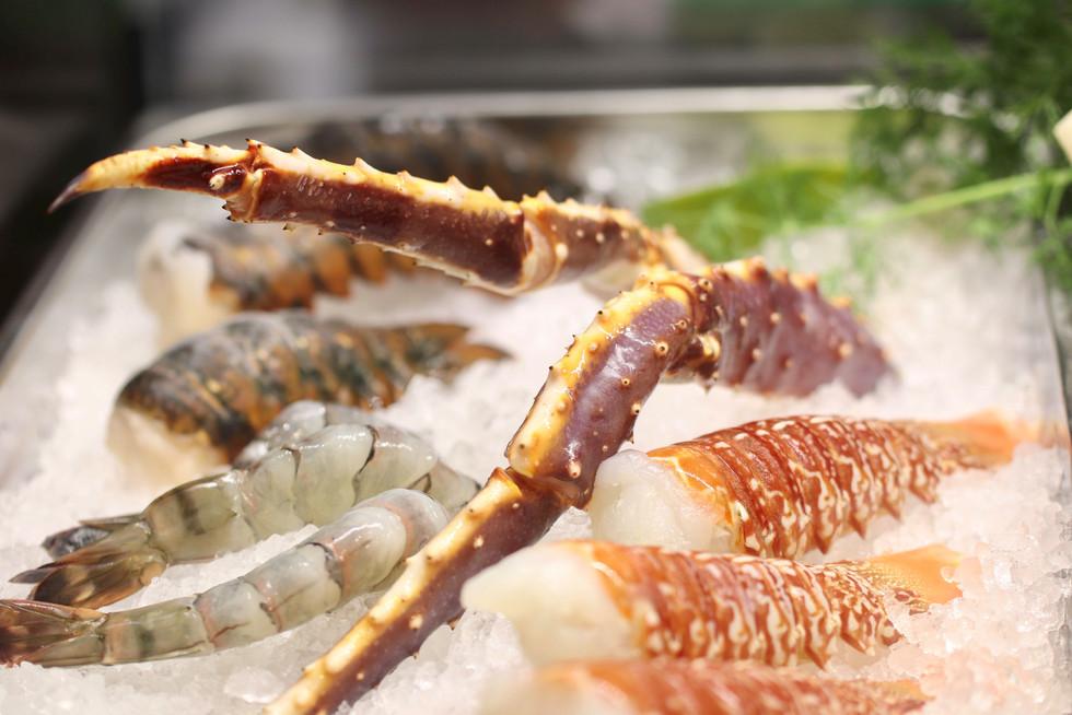 king crab, black tiger shrimps und rock lobster