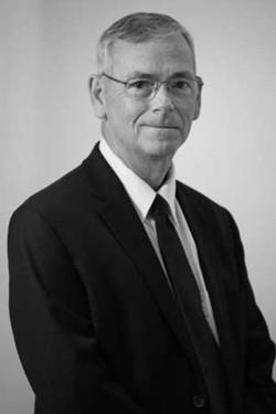 Brad W. Tomlinson