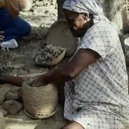 5788487cd9fdaf4f-Pottery018.jpg