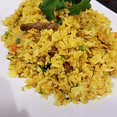 82.CURRY FRIED RICE