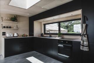Ayr_Family_Cabin_Kitchen_Interior