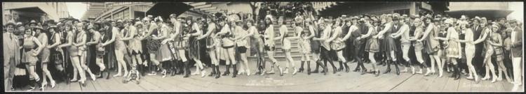 balboa_beauty_parade_1920_s.jpg