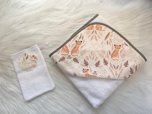 Cape de bain motif léopard, coton bio, orange, marron, blanc, Une touche de magie, Boutique Les créateurs de saison, Paris