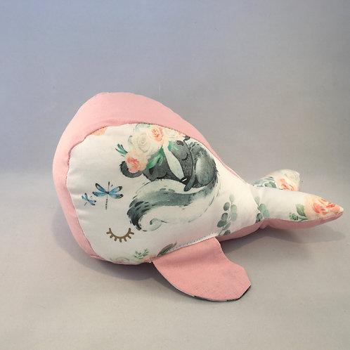 Doudou baleine, coton bio, moufette, rose, animal, Une touche de magie, Boutique Les créateurs de saison, Paris