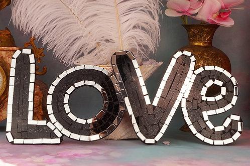 """HANDGEMACHT! Glasmosaik """"love"""" – 45 x 19 cm"""