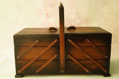 ART DÉCO Nähkasten aus Holz – dekorativ & praktisch