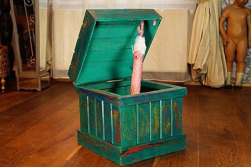 Große, handgemachte DECKELBOX in Découpage-Optik – ca. 40x40x40cm Truhe Kiste