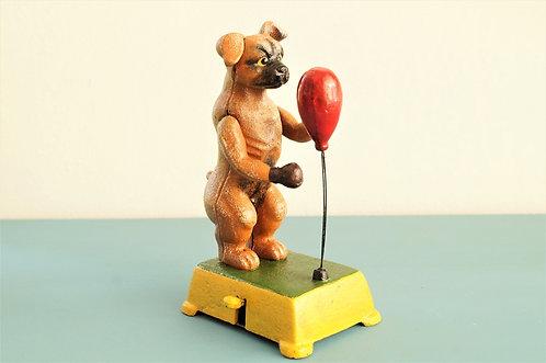 Boxer-Hund - nostalgischer, mechanischer Box-Automat