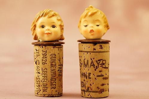 SELTEN! 2 alte Goebel Flaschenstöpsel mit Hummelköpfchen