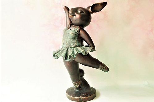 BESONDERS GENIAL! Große Hasenballerina im wunderbaren Design