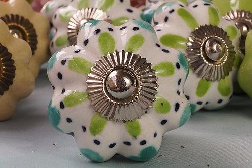 Kastenknöpfe aus Porzellan BLAUE PUNKTE – PIMP YOUR KASTL!
