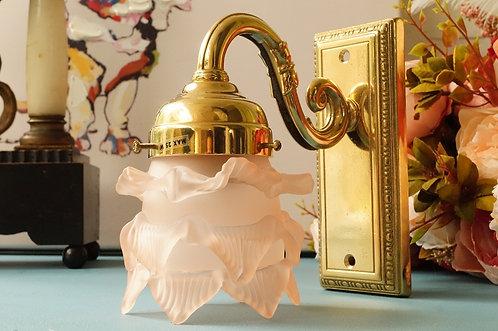 HOCHWERTIG & ELEGANT! Wandleuchte / Lampe aus Messing mit rosa Blüte!