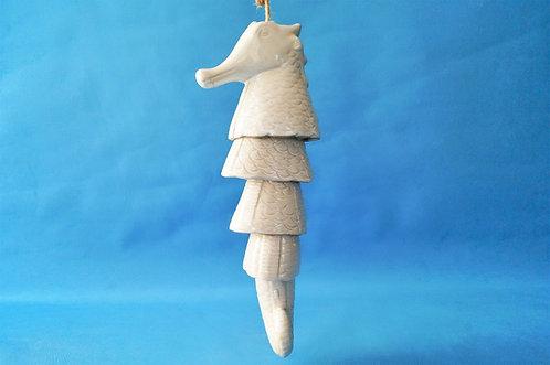 Stylisches Klang-Windspiel! Herziges und klangvolles Seepferdchen aus Keramik
