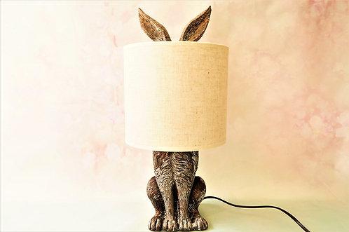 Besondere Tischlampe in Form eines Hasen im Vintagelook -  Höhe ca.: 45 cm