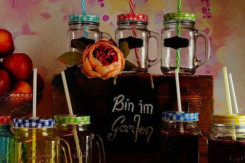 Geniales Trinkglas mit verschraubbaren Deckel, STROHHALM & KREIDETAFEL