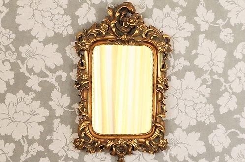 Eleganter Spiegel im Barock-Design mit wundervoller, floraler Ornamentik