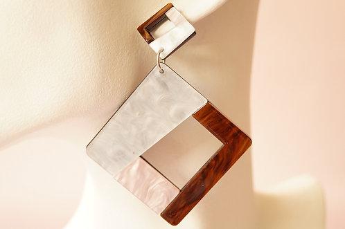 Statement-Ohrring aus angesagtem Acryl – ca. 8,5 cm lang