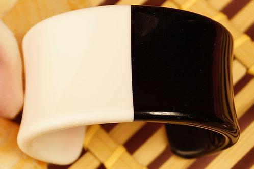 Armreif (Armspange) aus Acryl  im 60´s Style