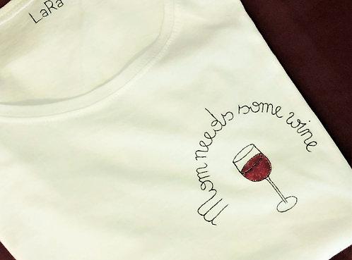 """Statement-Shirt """"Mom needs some wine"""" in allen Größen"""