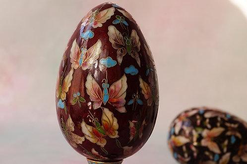 Cloisonné – Emailkunst auf höchstem Niveau – kunstvolles Prunk-Ei – rot